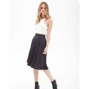 F21 Black Accordion Skirt